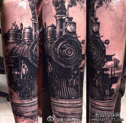 腿部火车纹身图案