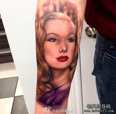 超拽霸气欧美女生纹身头像