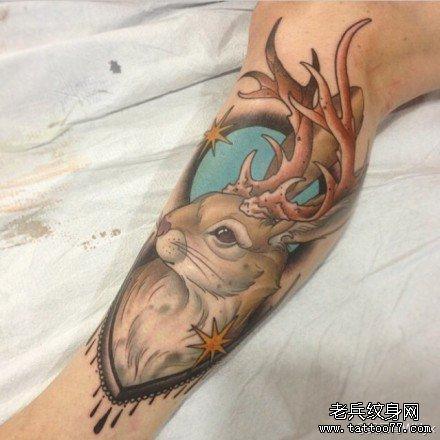 胳膊鹿纹身图案图片