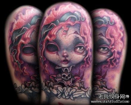 腿部小女孩鬼纹身图案图片