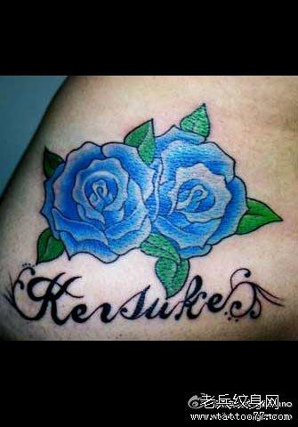 双蓝玫瑰纹身图案图片