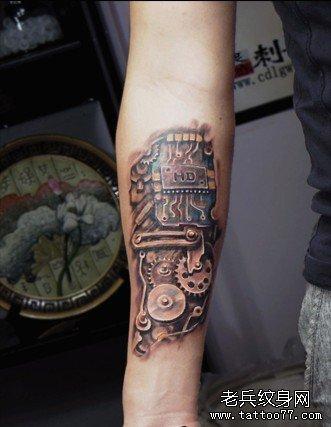 机器手臂纹身图片