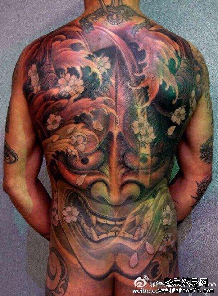 男人后背霸气的满背五虎将纹身图案