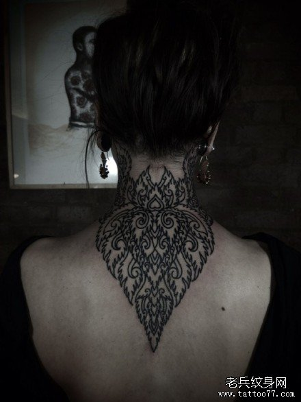 后背水果图腾纹身图案