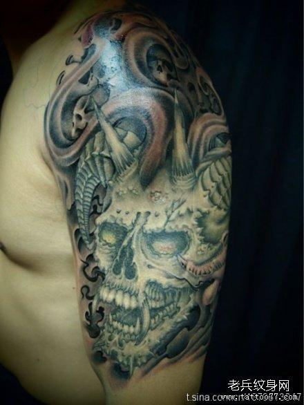 胳膊变化恶魔骷髅纹身图案