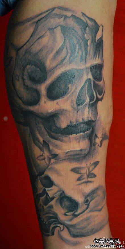 腿部幽灵骷髅纹身图案