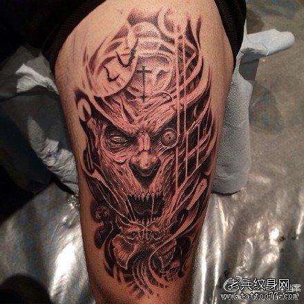 胸部鹿羊骷髅纹身图案