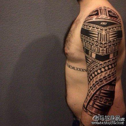 手臂神话图腾纹身图案图片