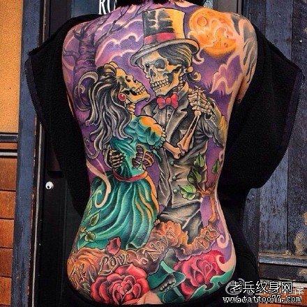 后背花骷髅纹身图案