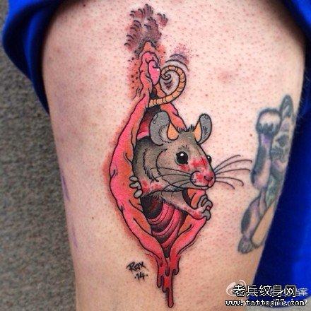 腿部老鼠吃人纹身图案图片