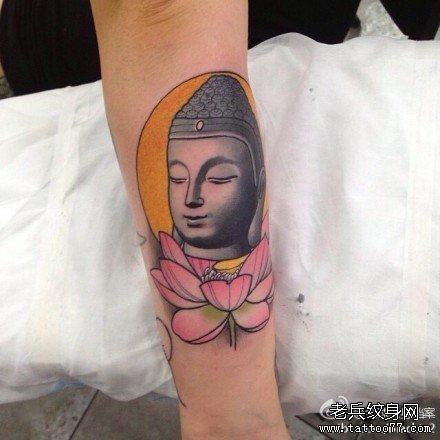 手臂莲花佛头纹身图案 (440x440)-手臂好看帅气的佛头纹身