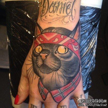 手臂小孩图腾纹身图案