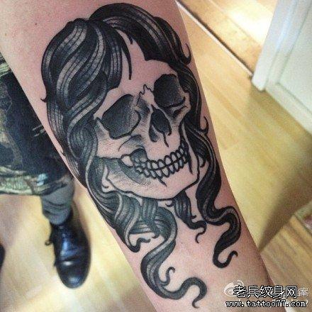 手臂女骷髅纹身图案