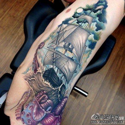 腿部章鱼船纹身图案图片