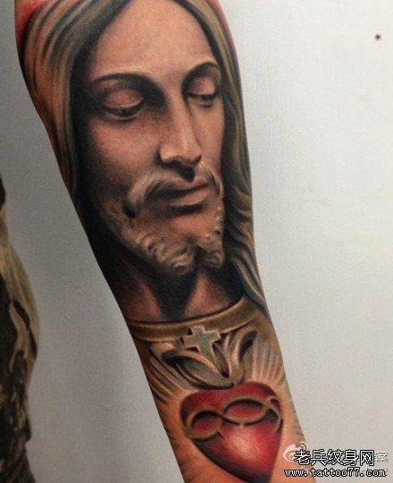 手臂耶稣纹身图案图片