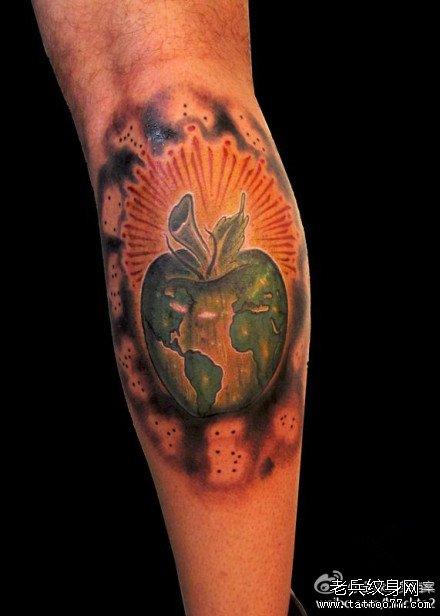 脚臂梅花鹿纹身图案展示