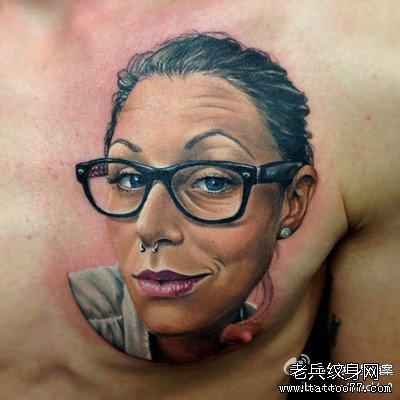 手臂僵尸纹身图案
