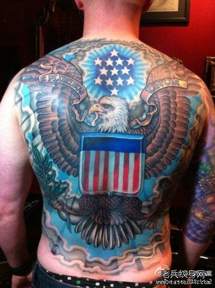 满背张飞与龙纹身图案