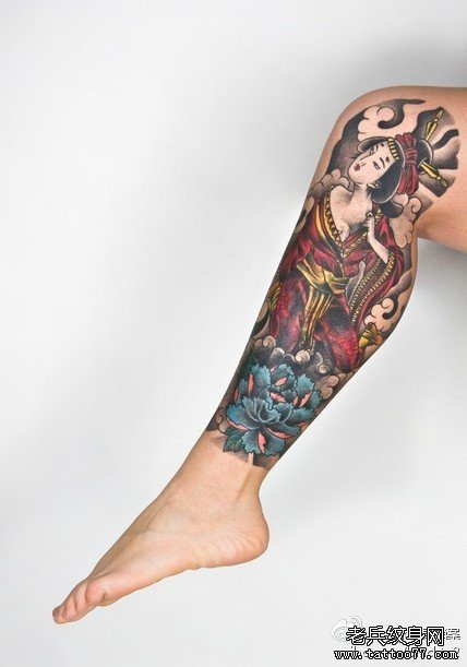 腿部日本女孩纹身图案