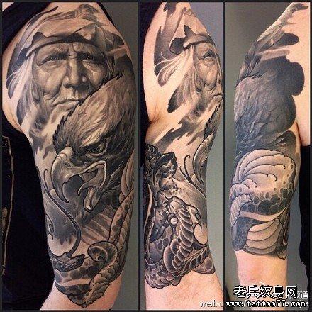 胳膊老人鹰纹身图案