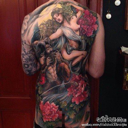满背恶魔与天使纹身图案
