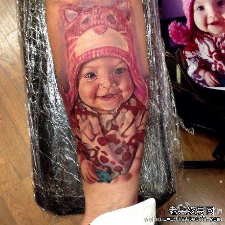 胳膊小丑肖像纹身图案