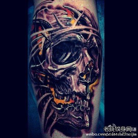 手臂骷髅纹身图案