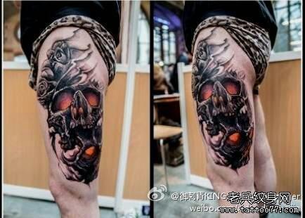 腿部火焰骷髅纹身图案