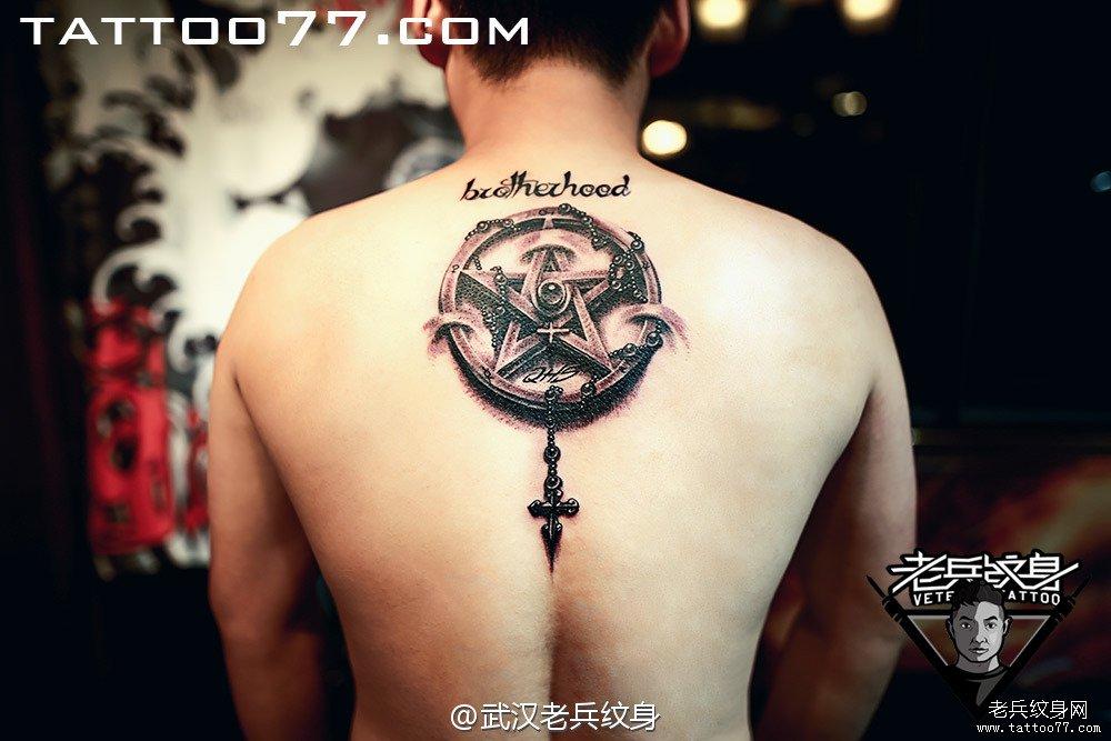 纹身主页 纹身作品集 黑灰作品  武汉纹身店       刺青          0