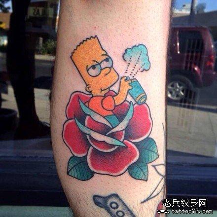 腿部黄皮卡通纹身图案