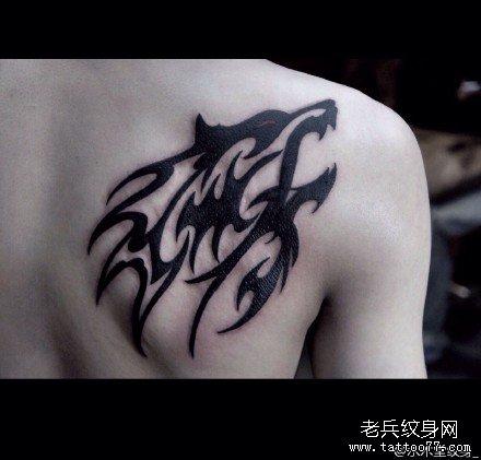 后背狼纹身图案大全图片展示