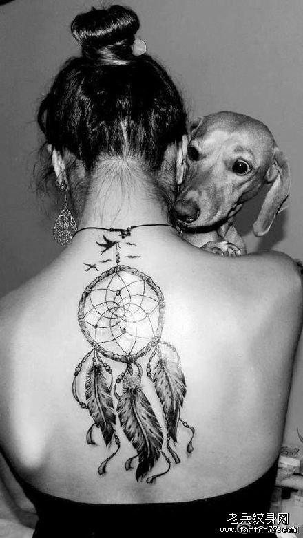 后背捕梦网纹身图案