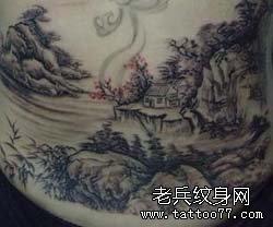 山水画纹身图案,是满背纹身图案,所以是一款非常复杂的纹身,看得出图片