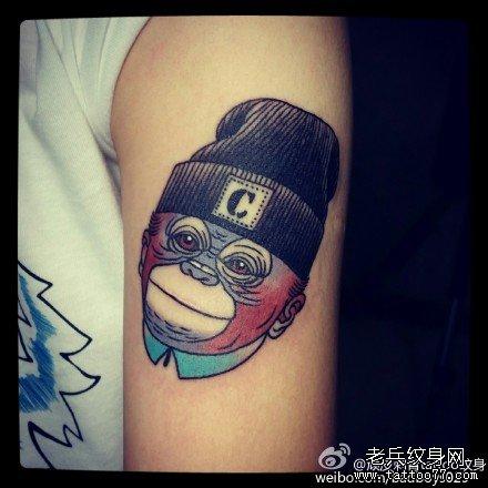 复古时尚大猩猩纹身
