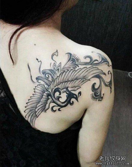 腹部欧美魔羊纹身图案