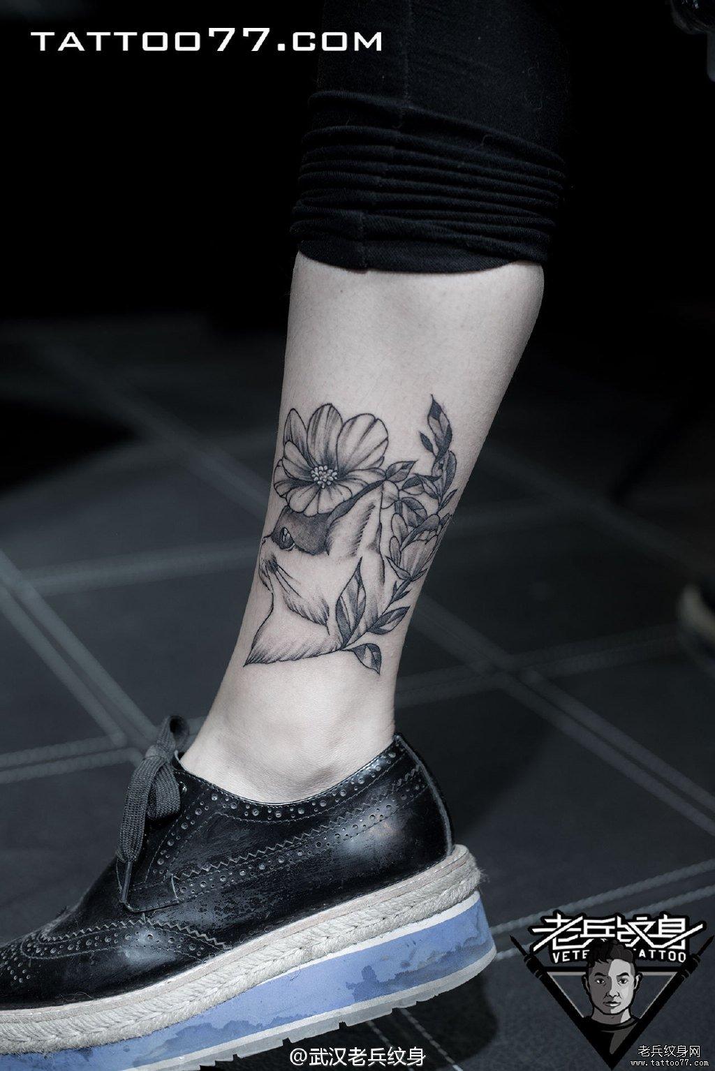 浏览           脚踝猫咪刺青图案作品         手腕闪电老虎
