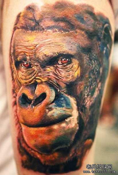 腿部大猩猩纹身图案