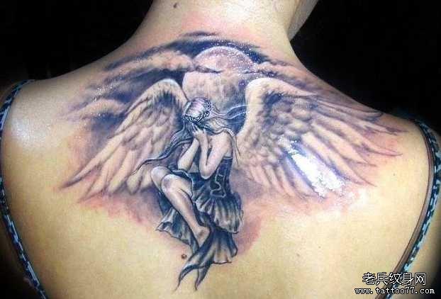 手臂天使女孩纹身图案