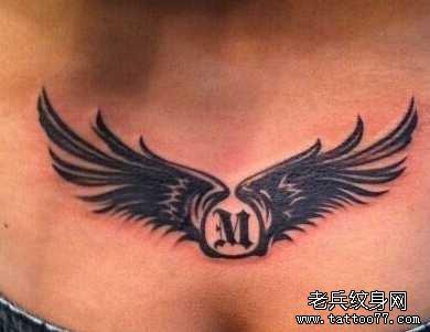 胸前纹身小清新素材