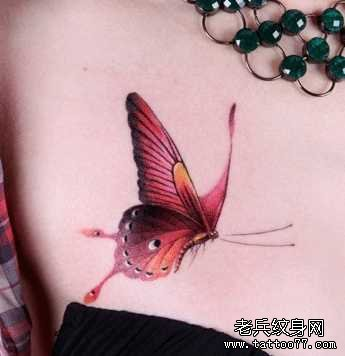 侧边有个黑蝴蝶_纹身图案