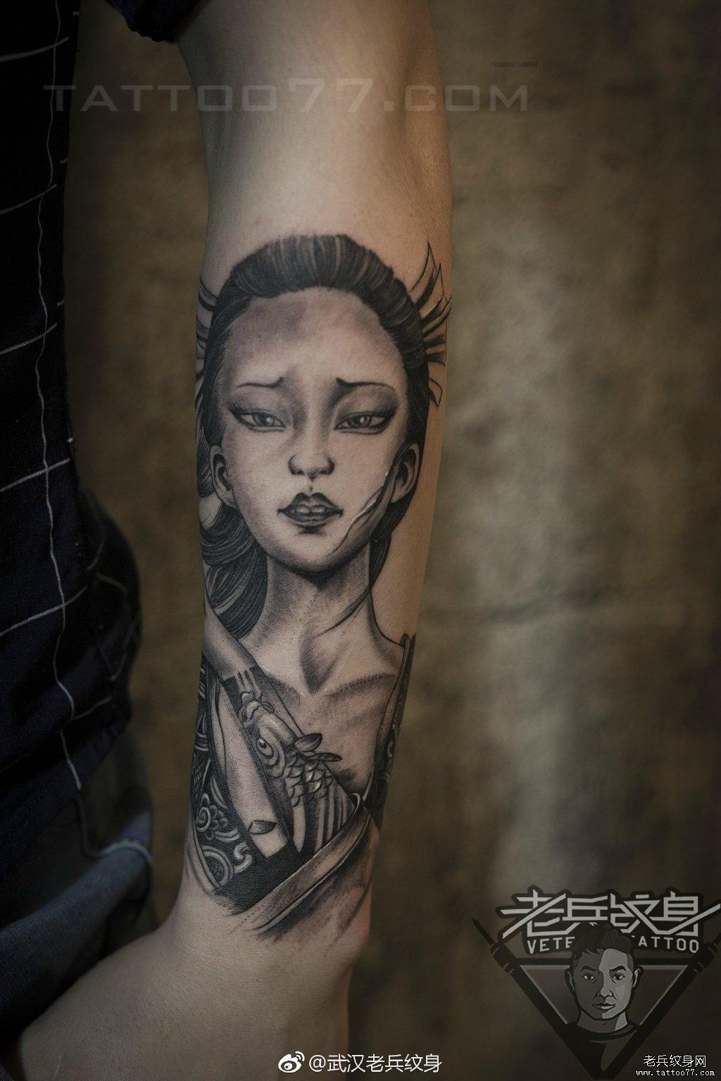纹身图案大全          0 喜欢         浏览           半臂黑灰艺妓