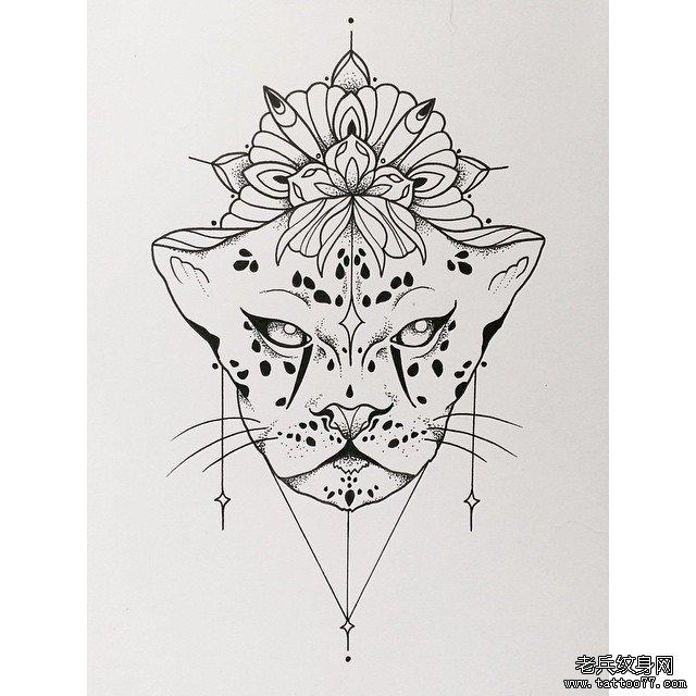 彩色星空燕子纹身图案