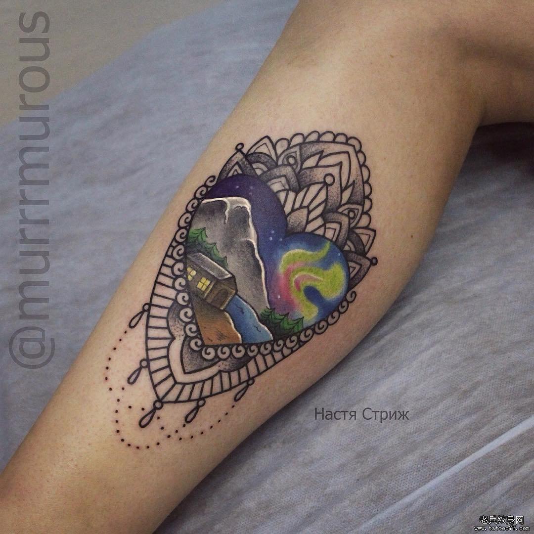 彩色蕾丝纹身图案