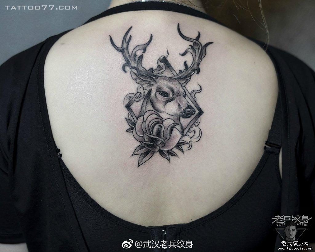 梅花鹿纹身图案女 手稿 素材