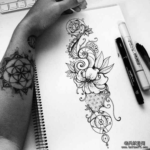 几何蕾丝纹身图片图片