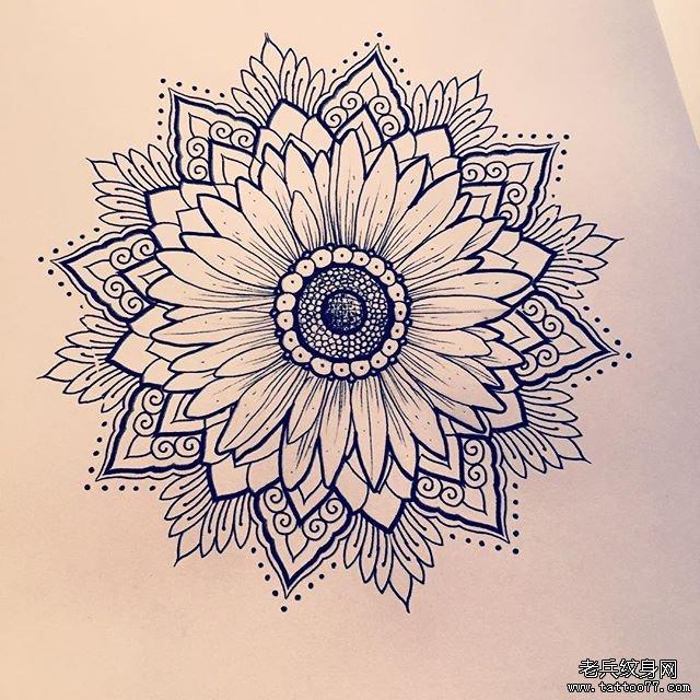 小清新蕾丝曼陀罗纹身图案