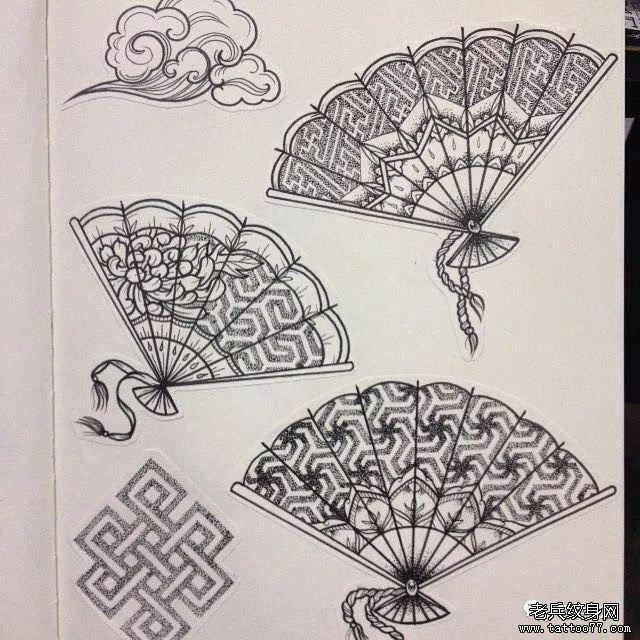 黑灰扇子纹身手稿