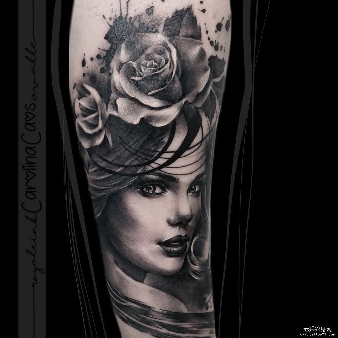 黑灰女郎肖像花纹身图案