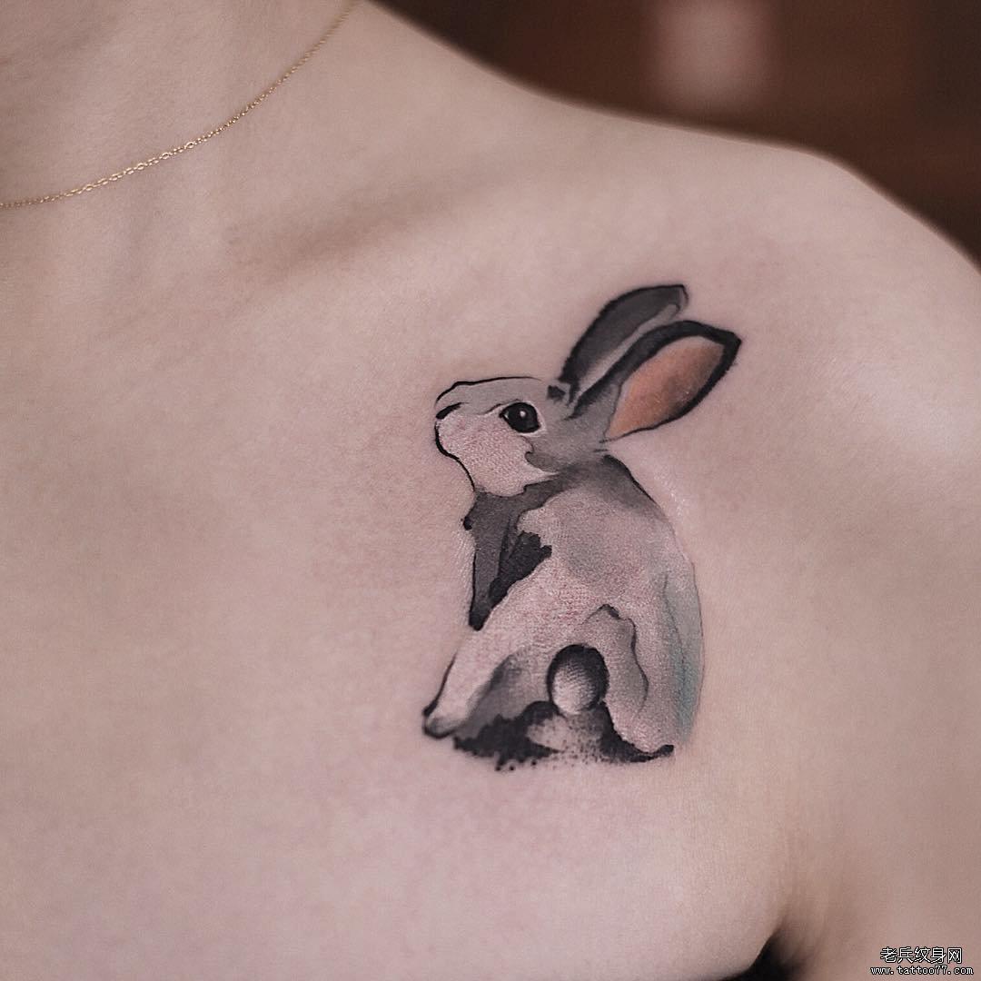 兔子水墨纹身图案