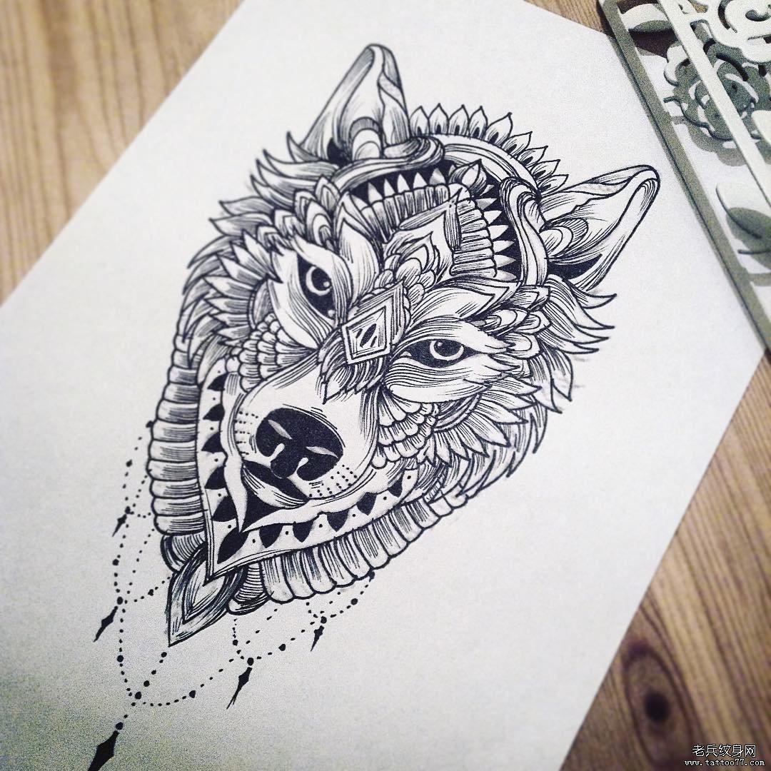 线条狼手稿纹身图案